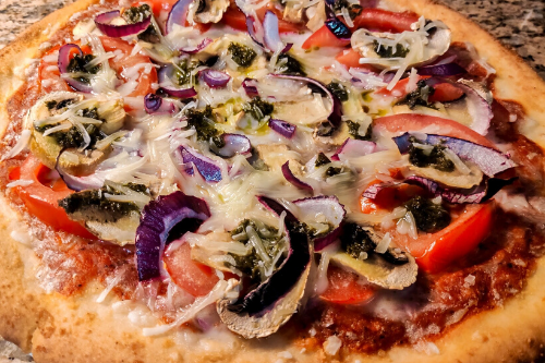 vegan mushroom and pesto pizza