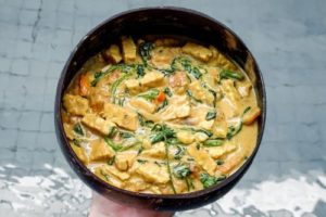 peanut tempeh curry