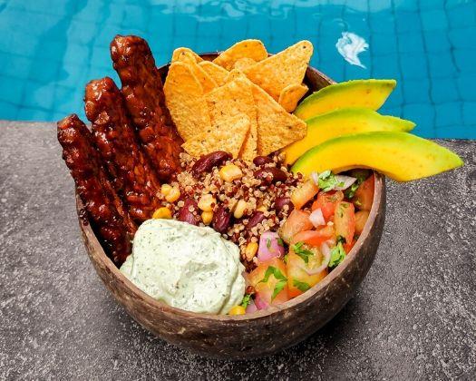 vegan quinoa taco bowl