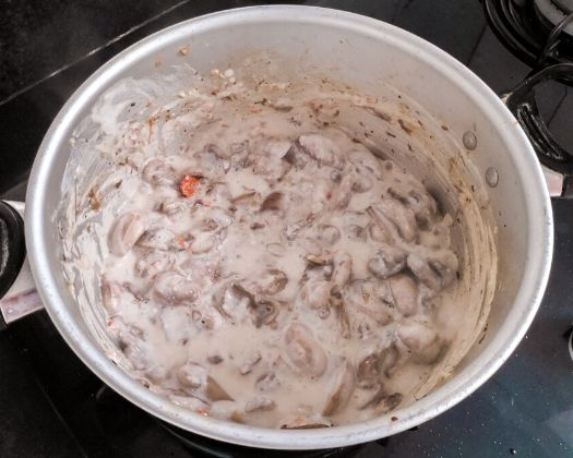 vegan mushroom stroganoff plant-based gluten-free easy to make 30 minute recipe