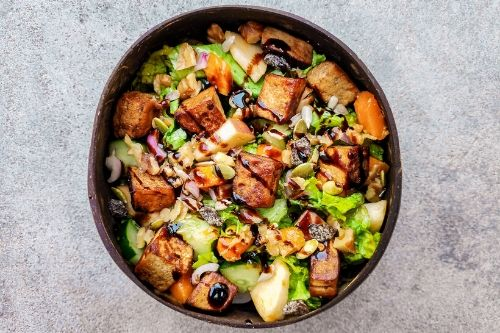 vegan fruity balsamic tofu summer salad gluten-free refreshing apple mango plant-based