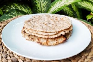 vegan gluten-free garlic roti rice flour flatbread plant-based 5 ingredients
